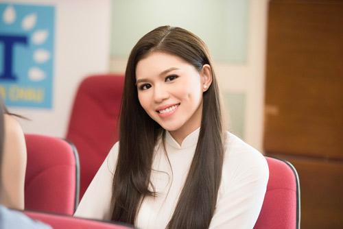 Dàn thiếu nữ xinh đẹp quy tụ ở sơ khảo Hoa hậu VN - 15