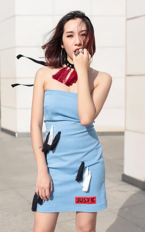 Bộ đôi hot girl Hà Nội cực chất trên phố Sài Gòn - 5