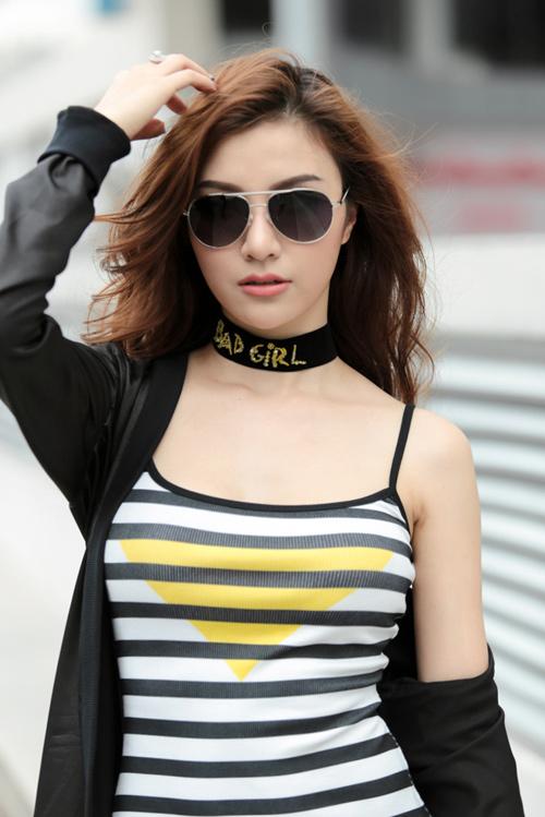 Bộ đôi hot girl Hà Nội cực chất trên phố Sài Gòn - 10