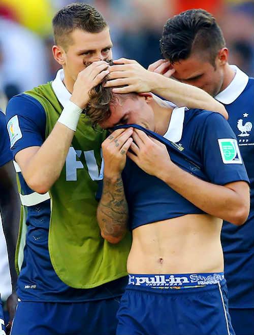 Pháp lại cần một chiến thắng để hàn gắn - 2
