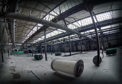 Cận cảnh nhà máy dệt lớn nhất Đông Dương trước ngày phá bỏ - 9