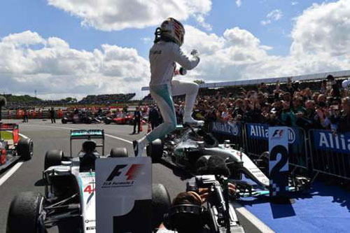 """Video F1 – British GP: """"Đàn áp"""" quần hùng - 1"""