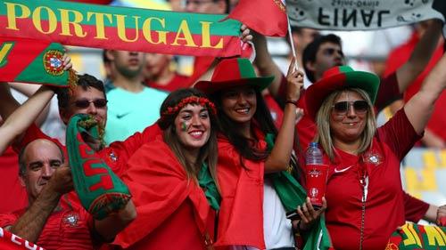 Stade de France rực lửa tiếp sức Pháp – Bồ Đào Nha - 1