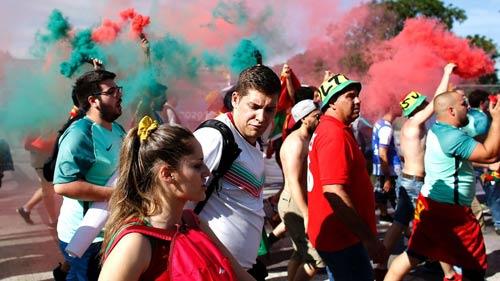 Stade de France rực lửa tiếp sức Pháp – Bồ Đào Nha - 5