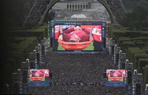Stade de France rực lửa tiếp sức Pháp – Bồ Đào Nha - 7
