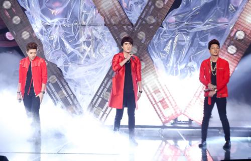 Cô gái giống Mỹ Tâm, Hà Hồ bất ngờ bỏ thi X-Factor - 7