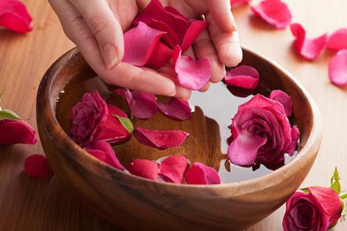 8 mẹo hay giúp bờ môi căng, hồng, mềm, mịn - 5