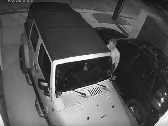 Xem màn trộm xe Jeep Wrangler bằng laptop trong 12 phút - 1