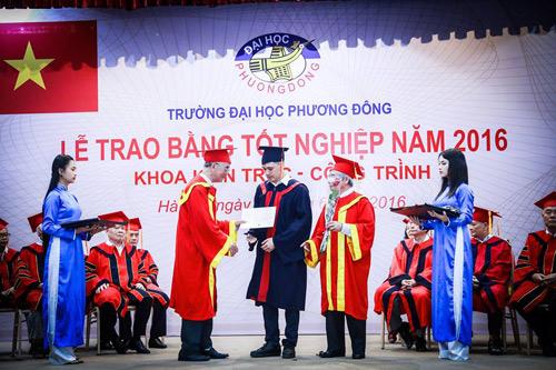 ĐH Phương Đông: Sinh viên được doanh nghiệp tuyển dụng ngay tại lễ tốt nghiệp - 4