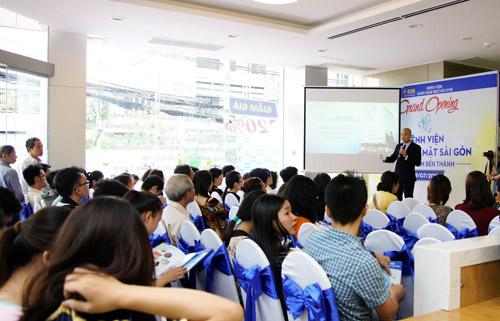 Gần 2000 người dự khai trương Bệnh viện Răng Hàm Mặt Sài Gòn - 3