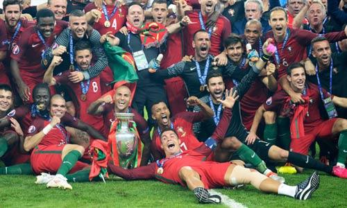 """Bồ Đào Nha vô địch """"xấu xí"""": Đó có phải là bóng đá - 1"""