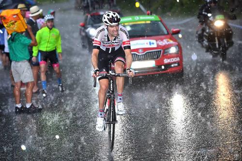 Tom Dumouli đã giành quán quân chặng 9 Tour de France cho Team Giant-Alpecin - 4
