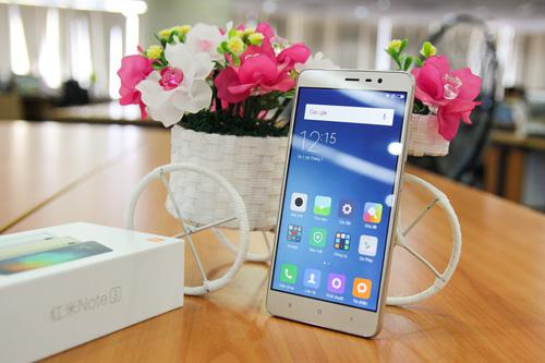 Trên tay điện thoại Xiaomi Redmi Note 3 Pro do FPT Trading phân phối - 1