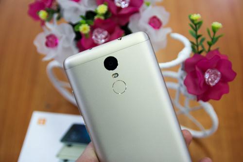 Trên tay điện thoại Xiaomi Redmi Note 3 Pro do FPT Trading phân phối - 2