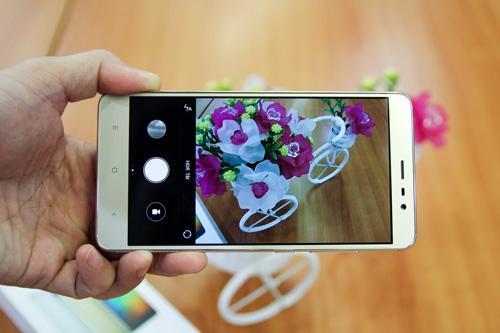 Trên tay điện thoại Xiaomi Redmi Note 3 Pro do FPT Trading phân phối - 3