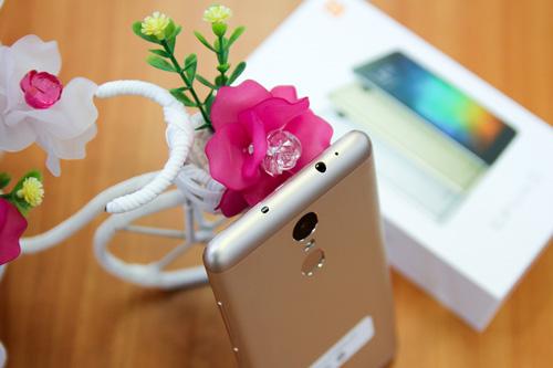 Trên tay điện thoại Xiaomi Redmi Note 3 Pro do FPT Trading phân phối - 7