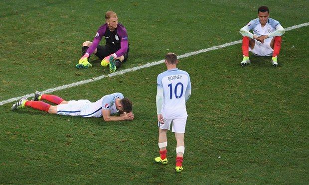 Sốc: ĐT Anh độc chiếm 11 vị trí đội hình tệ nhất Euro - 1