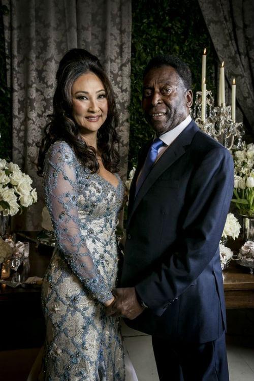 """""""Vua bóng đá"""" Pele cưới vợ lần 3 ở tuổi 75 - 2"""