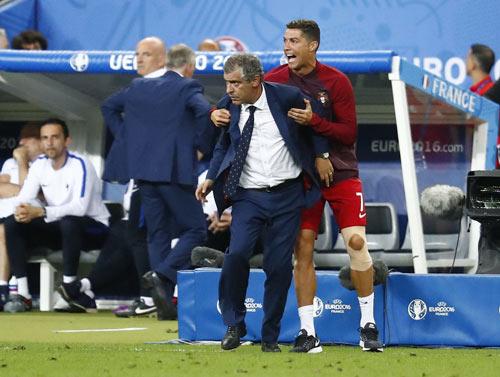 Ronaldo làm huấn luyện viên - 1
