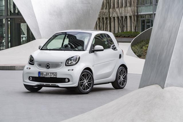 Công bố giá xe nhỏ Smart Brabus - 5