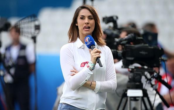 6 phóng viên thể thao gây sốt ở Euro vì quá đẹp và sexy - 3