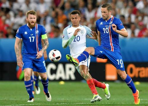 Euro 2016: Có một châu Âu không khoảng cách - 1