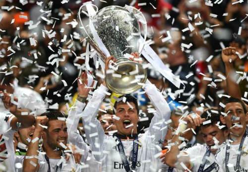 """""""Vua chung kết"""" Ronaldo & 13 khoảnh khắc đỉnh cao - 9"""