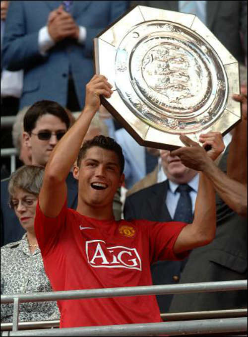 """""""Vua chung kết"""" Ronaldo & 13 khoảnh khắc đỉnh cao - 3"""