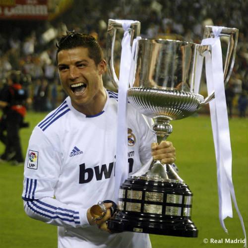 """""""Vua chung kết"""" Ronaldo & 13 khoảnh khắc đỉnh cao - 8"""