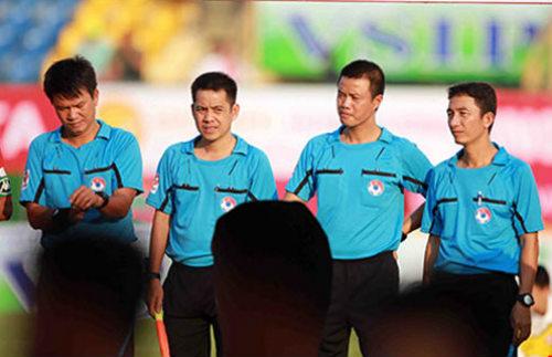 Trọng tài V-League bị lên án quá nhiều! - 1
