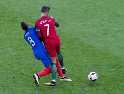 Cầu thủ Pháp kêu oan trước cáo buộc triệt hạ Ronaldo - 1