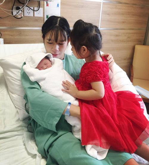 Vợ Lý Hải vừa sinh con thứ 4 là bé trai - 6