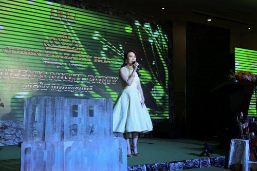 Hoa hậu Lan Khuê lộng lẫy trong lễ hội cưới Queen's Day 2016 - 4