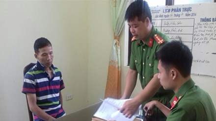 Lạng Sơn: Vờ mua dưa hấu, cướp điện thoại di động - 1
