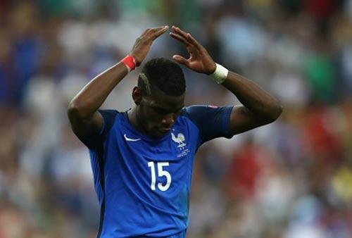 Đội tuyển Pháp: Người ta lớn, bởi vì ngươi quỳ xuống! - 1