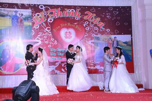 Ba chị em ruột ở Vũng Tàu làm đám cưới chung một ngày - 4