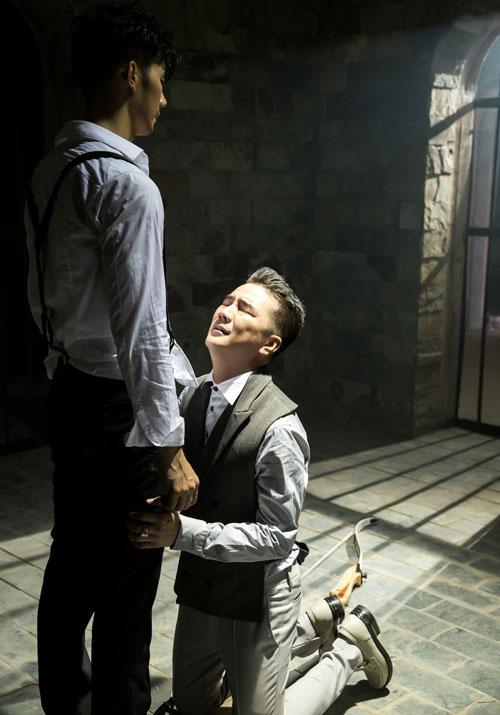 Đàm Vĩnh Hưng tái hiện cảnh đồng tính với Nhan Phúc Vinh - 6
