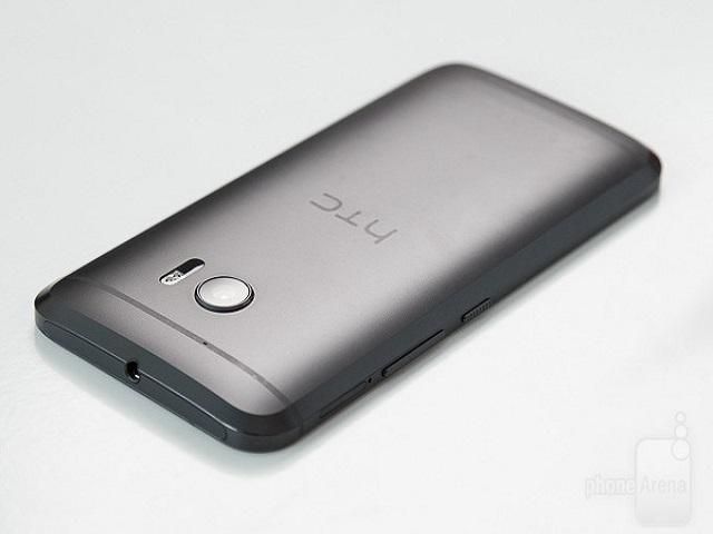 Lộ diện HTC Desire 10 - đàn em của HTC 10 - 1