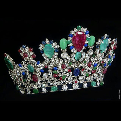Bí mật thú vị về vương miện 2,2 tỷ của Hoa hậu VN 2016 - 6