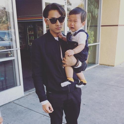 Isaac ngày càng được con nít yêu quý - 9
