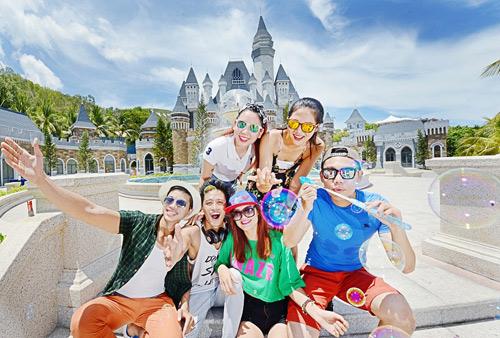 Vingroup đạt 4 danh hiệu Du lịch hàng đầu Việt Nam 2016 - 2