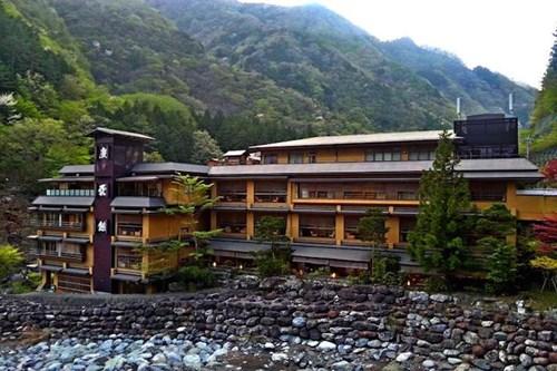 Bên trong khách sạn lâu đời nhất thế giới ở Nhật - 1