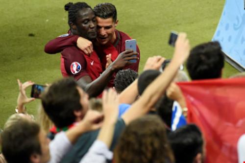 Ronaldo trở thành 'vua' của phương tiện truyền thông và mạng xã hội - 2