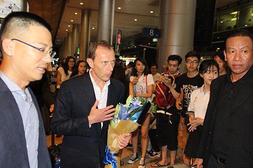 Huyền thoại Real Madrid tới Việt Nam mang theo thông điệp bất ngờ - 6