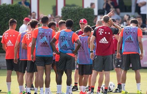 Bayern - Ancelotti tập buổi đầu: Thông điệp bóng đá đẹp - 2