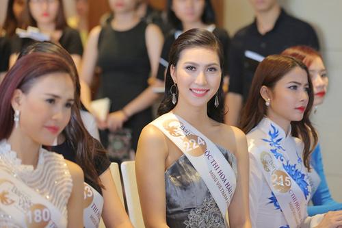 Em gái HH Diệu Hân nổi bật ở Hoa hậu Bản sắc Việt - 8