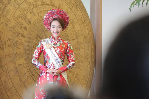 Em gái HH Diệu Hân nổi bật ở Hoa hậu Bản sắc Việt - 12