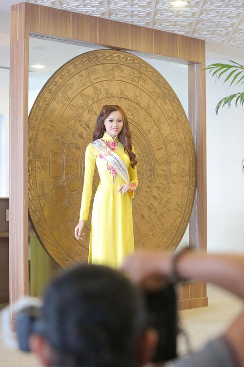 Em gái HH Diệu Hân nổi bật ở Hoa hậu Bản sắc Việt - 13
