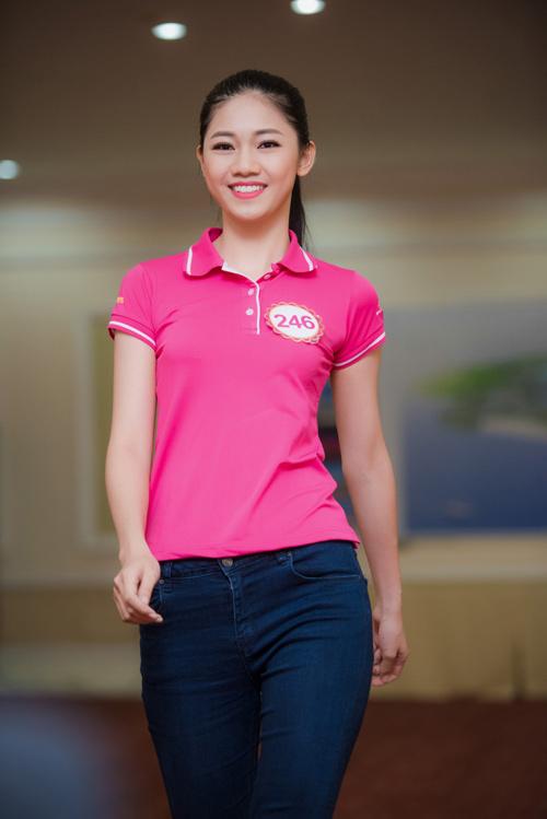 Nữ sinh học siêu giỏi, vòng eo 56 đi thi Hoa hậu VN - 8