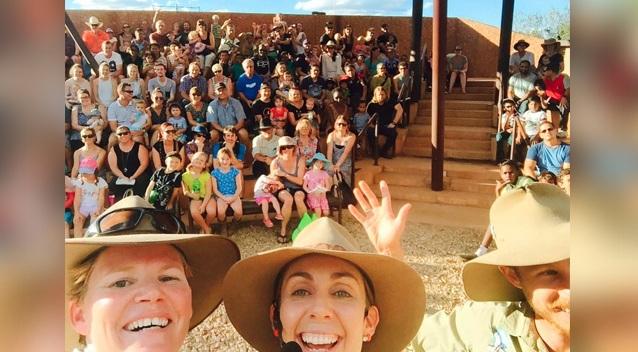 Úc: Đại bàng ngang nhiên bắt trẻ em giữa đám đông - 4